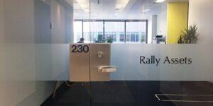 rally-asset-glass-door-400